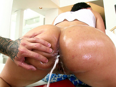 Kimberly Kendall Shoots A Load Of Cum From Her Ass